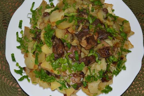 Тушёные маслята с картошкой: простые рецепты