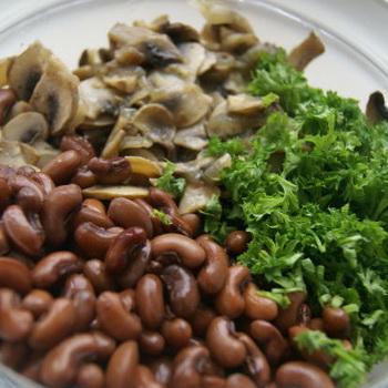 Постные блюда из фасоли с грибами