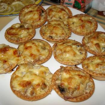 как приготовить жульен с курицей и грибами в тарталетках
