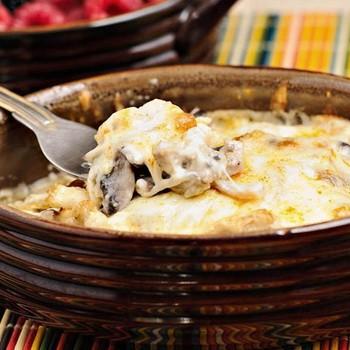 Жульены с грибами и сыром в духовке и на сковороде