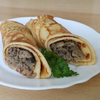 Блины с мясом и грибами: рецепты приготовления