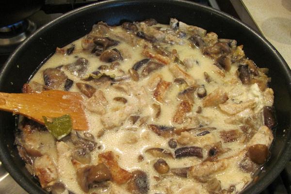 Гуляш из шампиньонов: рецепты грибных блюд