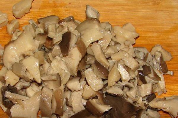 Как приготовить грибы вешенки со сметаной: пошаговые рецепты