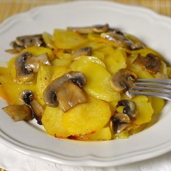 Капуста с грибами и картошкой в мультиварке и духовке