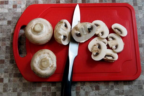 Мясо с грибами, запеченное в фольге: рецепты вкусных блюд