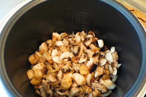 Макароны с опятами в соусе: рецепты приготовления