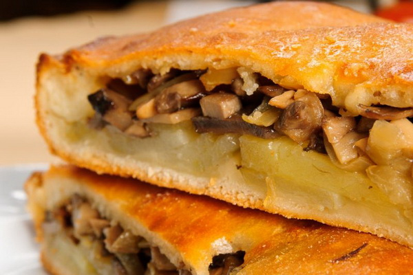 Пироги с грибами: рецепты из песочного теста