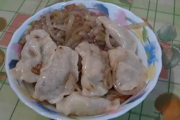 Пироги, блины и вареники с начинкой из картошки из грибов