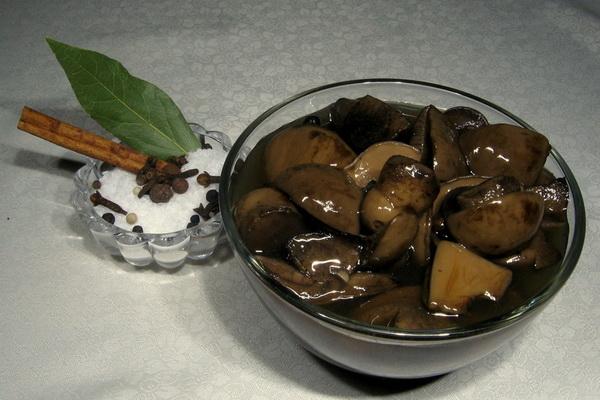 Маринованные и копчёные грибы зонтики