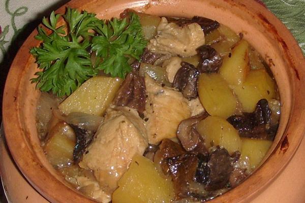 Курица с грибами в горшочках в духовке рецепты с фото пошагово