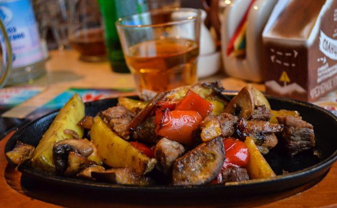 Жаркое с мясом и грибами: рецепты домашних блюд