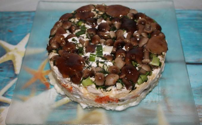 Салат лесная поляна с опятами рецепт с с ветчиной