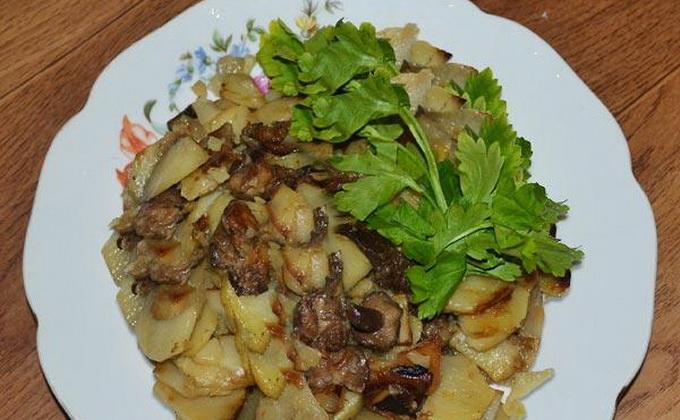 Жаркое с грибами: рецепты для духовки и мультиварки