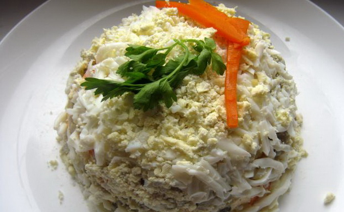 салат из сухих грибов и курицы слоями рецепт