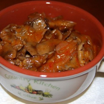 Опята в томатном соусе: рецепты из грибов на зиму