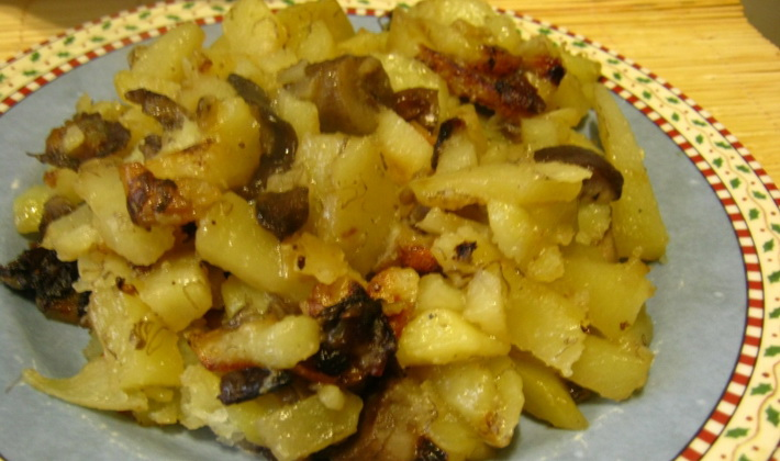 Картошка с грибами и луком: рецепты блюд