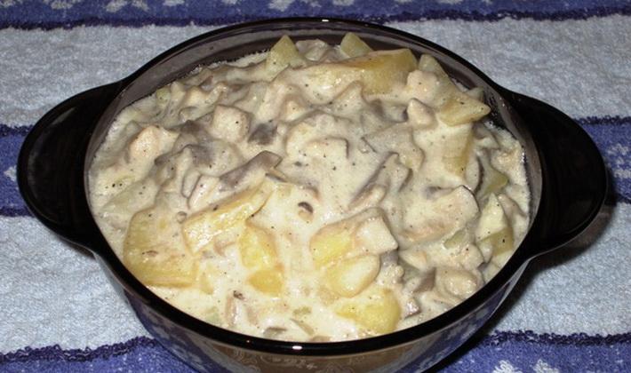 картошка запеченная с грибами и сметаной в духовке