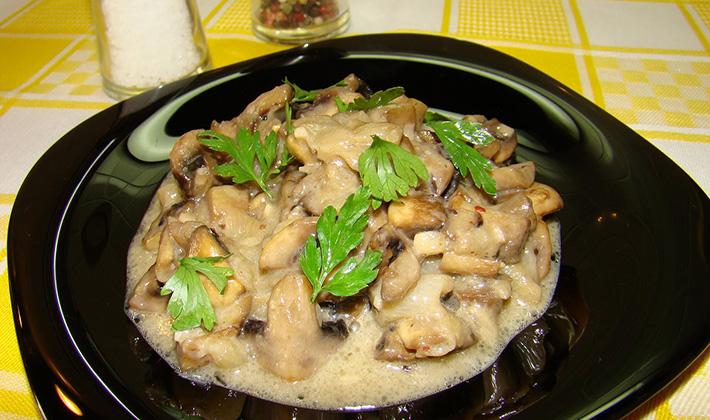 Как приготовить картошку с грибами в сметане