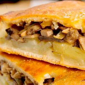пирог с картошкой и грибами в духовке рецепт с фото пошагово