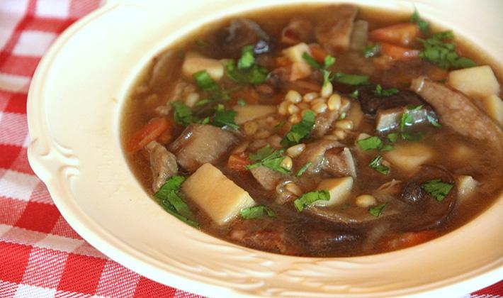 Как правильно приготовить вкусный суп из груздей
