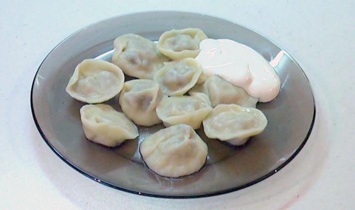 Как приготовить пельмени с грибами груздями