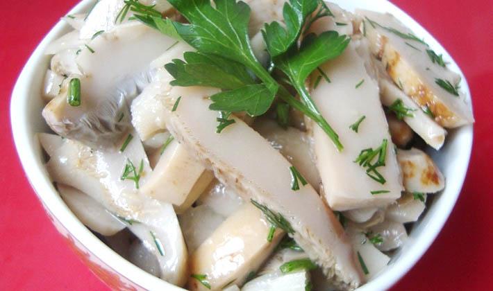 Соленые и маринованные грузди с маслом на зиму