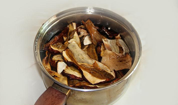 Как сварить груздянку из сырых, замороженных, солёных и сухих груздей