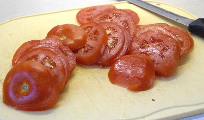 Как подавать соленые и маринованные грузди к столу