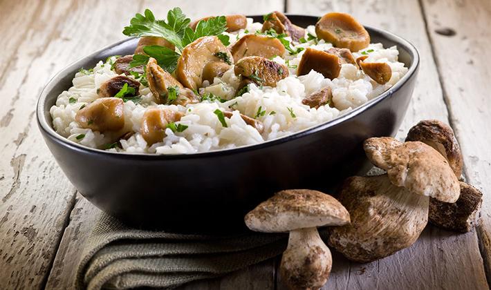 Готовим рис с белыми грибами: рецепты с фото