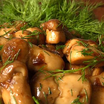 Рецепты салата на зиму со скумбрией
