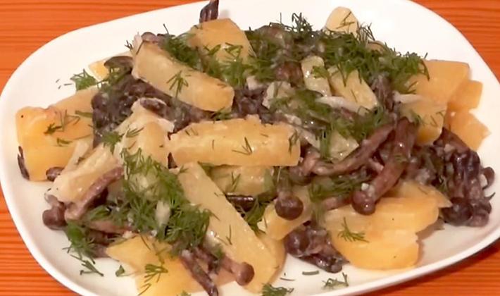 Как приготовить опята жареные с картошкой