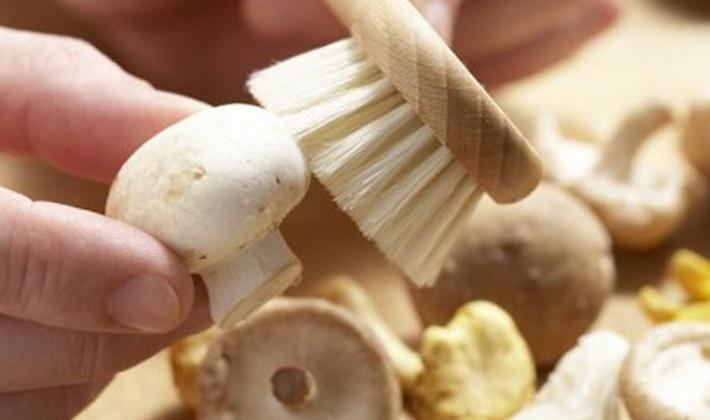 Как правильно чистить опята перед приготовлением