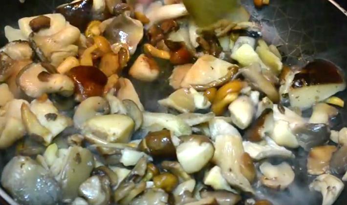 Как готовить свежие белые грибы