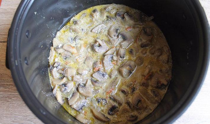 грибы жареные в мультиварке рецепты с фото