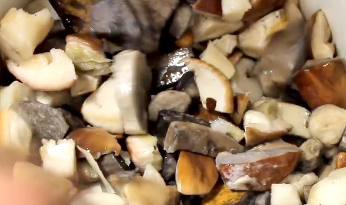 Как приготовить маринад для белых грибов