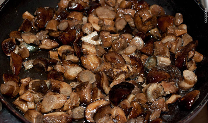 Рецепты того, как жарить белые грибы