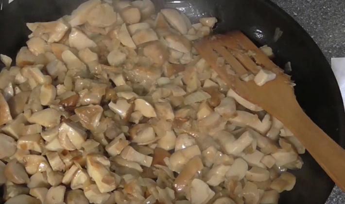 Блюда из толстых свинушек: рецепты приготовления