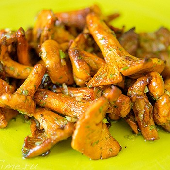 Как жарить лисички: рецепты сытных блюд