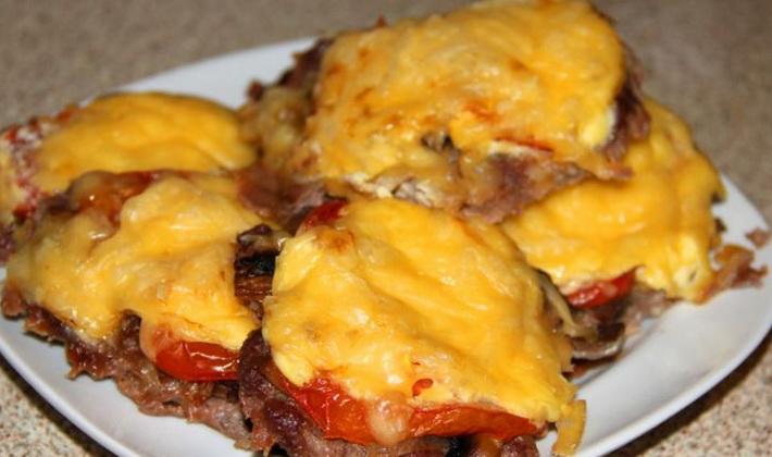 Мясо по французски с черносливом