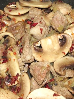 Гречка с мясом и грибами: рецепты вкусных блюд
