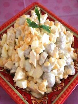 Салат мясо яйцо соленый огурец