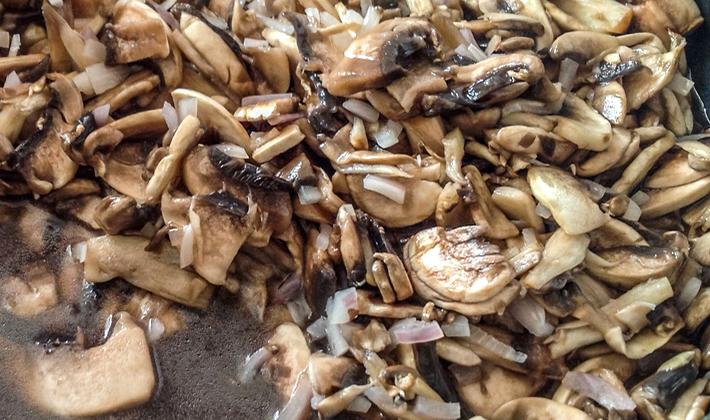 Вкусные соусы из сушеных грибов и грибного порошка