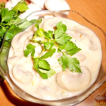 Грибы под соусом: рецепты приготовления