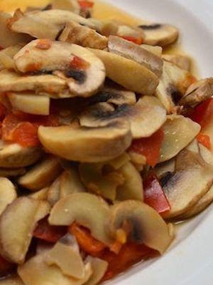 Шампиньоны с помидорами: рецепты вкусных блюд
