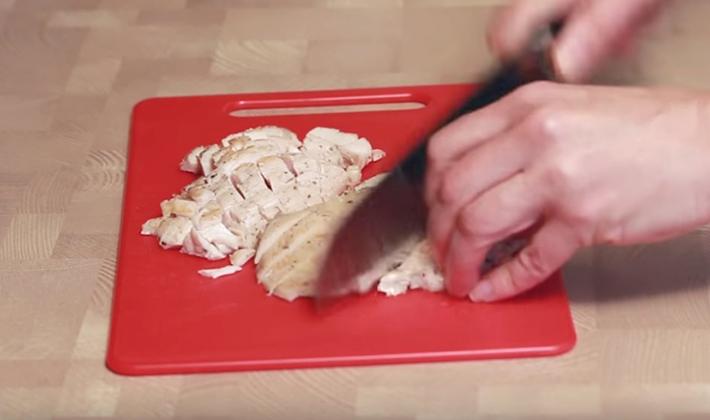 Вкусные салаты с куриной грудкой с опятами
