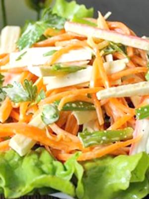 Сытные салаты с опятами: простые рецепты
