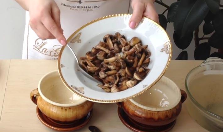 Лисички в горшочках: рецепты грибных блюд!!!