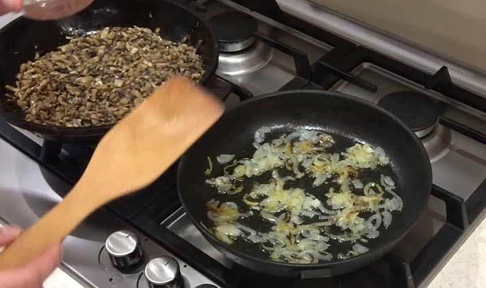 Тарталетки с шампиньонами: рецепты грибных закусок