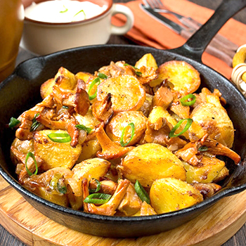 как правильно приготовить грибы лисички с картошкой
