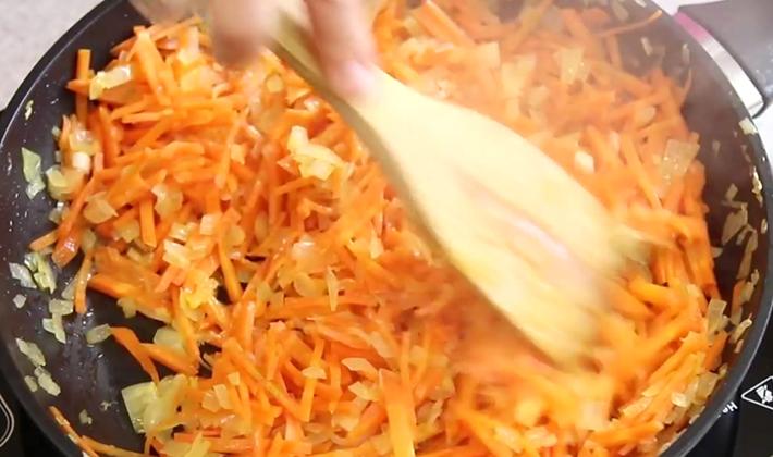 Шампиньоны с перловкой: рецепты первых и вторых блюд